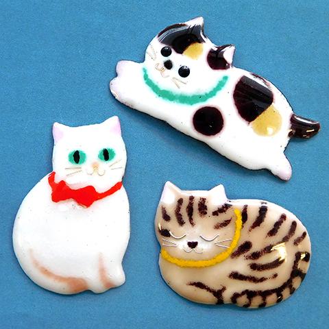 七宝焼でねこのブローチをつくろう~「ねこ科 THE CATS」連動企画~