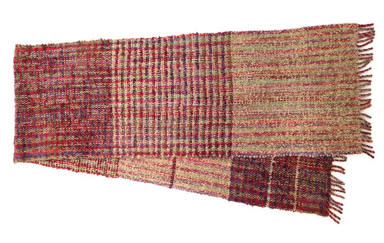 ウールの糸を染めてふわふわストールを織る 3日間コース