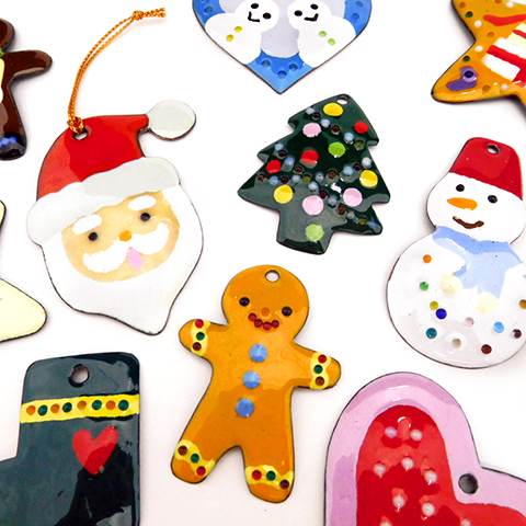 七宝焼でクリスマスのオーナメントをつくろう(12月)