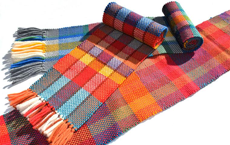 織機を使ってマフラーを織ろう!のサンプル画像